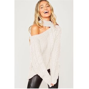 Sweaters - NEW Open Shoulder Choker Neck Chunky Cable Sweater